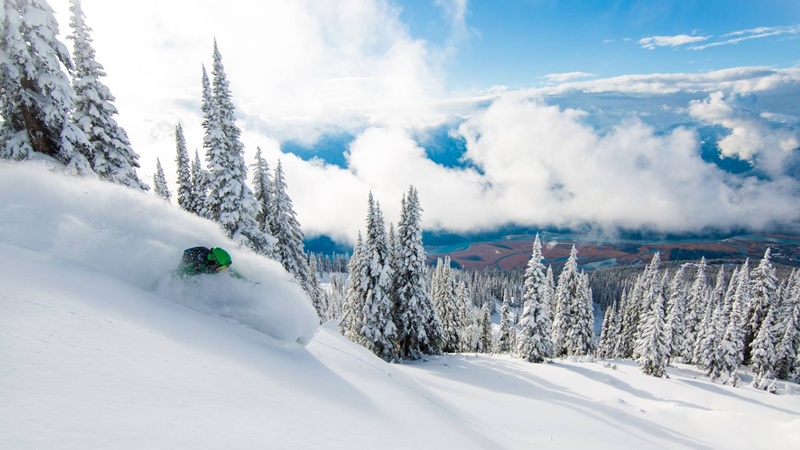 Top Five Fridays November 6, 2015: 100 CM of Snow at Revelstoke Resort
